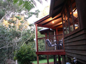African Cottage The Rondawel Kalahari Cottage and Cape Cottage - Accommodation in Surfers Paradise
