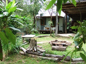 Ride On Mary Bush Cabin Adventure Stay - Accommodation in Surfers Paradise