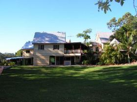 Glasshouse Mountains Ecolodge - Accommodation in Surfers Paradise