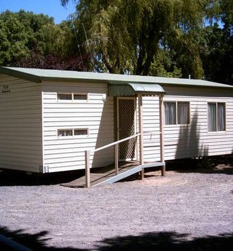 Castlemaine Central Cabin  Van Park - Accommodation in Surfers Paradise