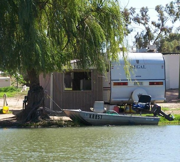 Willow Bend Caravan Park - Accommodation in Surfers Paradise