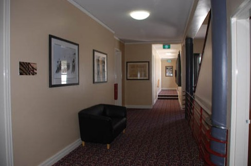 Alpine Hotel - Accommodation in Surfers Paradise