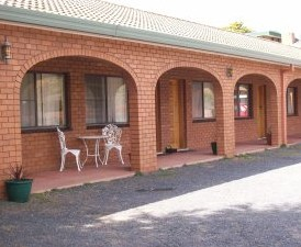 Cooma Country Club Motor Inn - Accommodation in Surfers Paradise