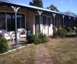 Snowy Vineyard Cottage - Accommodation in Surfers Paradise