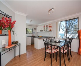 Magnus Street Treetops - Accommodation in Surfers Paradise