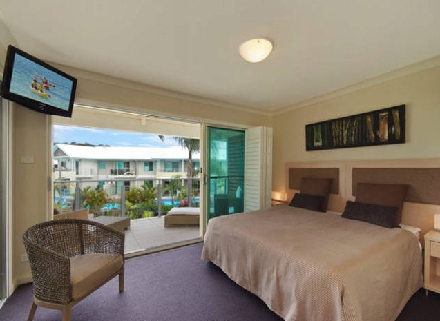 Pacific Blue Townhouse 358 - Accommodation in Surfers Paradise