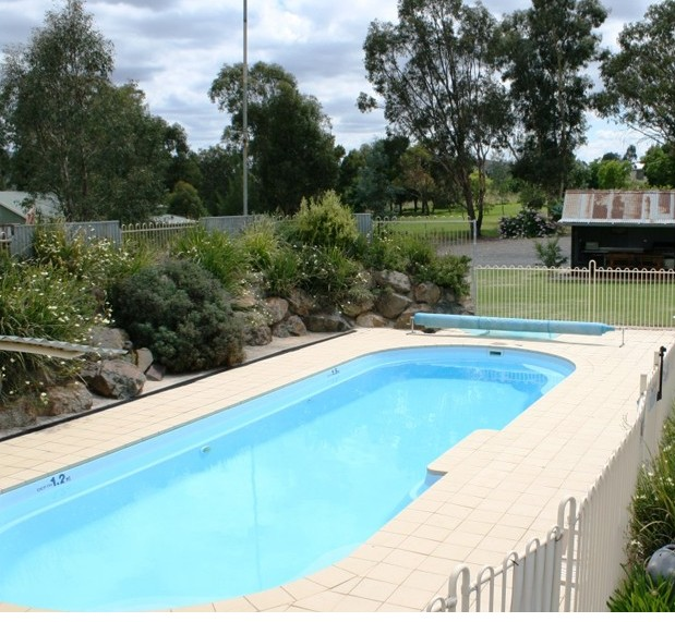 Tuckerbox Motor Inn - Accommodation in Surfers Paradise