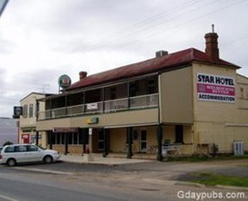 The Star Hotel - Accommodation in Surfers Paradise