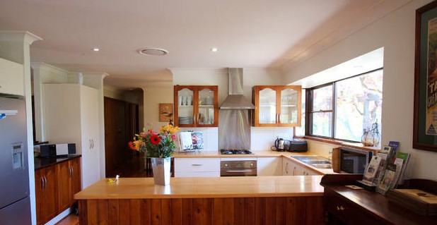 Cicada Country House - Accommodation in Surfers Paradise