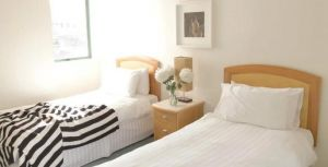 AeA The Coogee View Beachfront Serviced Apartments - Accommodation in Surfers Paradise