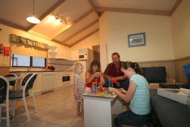 BIG4 Lake Macquarie - Monterey Tourist Park - Accommodation in Surfers Paradise