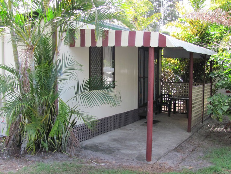 Hillcrest Holiday Park - Accommodation in Surfers Paradise