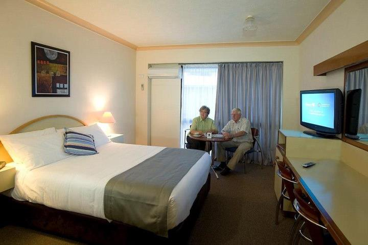 Longreach Motor Inn - Accommodation in Surfers Paradise
