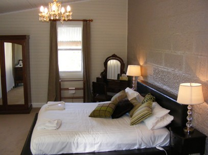 Abbey Of The Roses Boutique Heritage Guesthouse - Accommodation in Surfers Paradise
