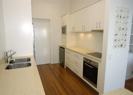 Claytons on Cylinder Beach Front Apartments - Accommodation in Surfers Paradise