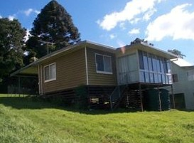 Mountain Escape - Holiday Home - Accommodation in Surfers Paradise