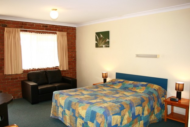 Wondai Colonial Motel and Restaurant - Accommodation in Surfers Paradise