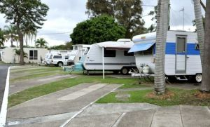 Nobby Beach Holiday Village - Accommodation in Surfers Paradise