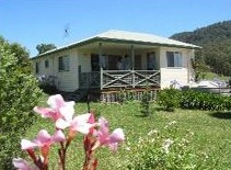 Big Bell Farm - Accommodation in Surfers Paradise