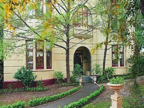 Quality Toorak Manor - Accommodation in Surfers Paradise