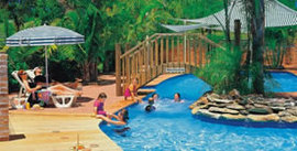 Happy Hallidays Holiday Park - Accommodation in Surfers Paradise