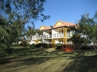Coral Cove Resort  Golf Club - Accommodation in Surfers Paradise