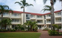 Key Largo Apartments - Accommodation in Surfers Paradise