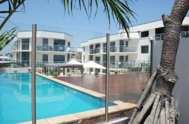 Bayview Beachfront Apartments - Accommodation in Surfers Paradise