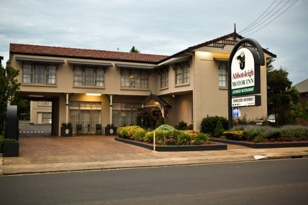 Abbotsleigh Motor Inn - Accommodation in Surfers Paradise