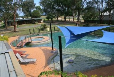Valley Vineyard Tourist Park - Accommodation in Surfers Paradise
