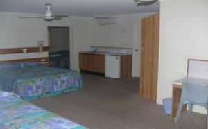 Sandcastle Motel - Accommodation in Surfers Paradise