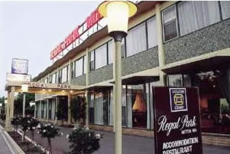 Regal Park Motor Inn - Accommodation in Surfers Paradise