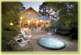 Jacaranda Cottage - Accommodation in Surfers Paradise