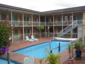 The Coasters Motel - Accommodation in Surfers Paradise