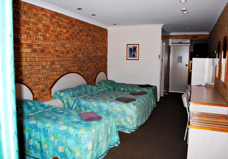 Albert Park Motor Inn - Accommodation in Surfers Paradise