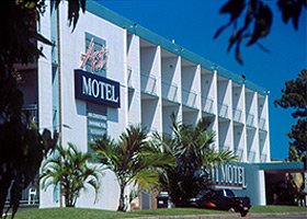 Asti Motel - Accommodation in Surfers Paradise