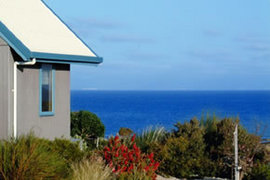 Bear Gully Coastal Cottages - Accommodation in Surfers Paradise