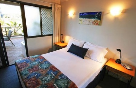 Burleigh On The Beach - Accommodation in Surfers Paradise