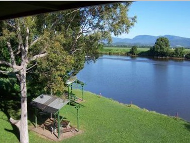 Tweed River Motel - Accommodation in Surfers Paradise