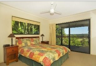 Suzanne's Hideaway - Accommodation in Surfers Paradise