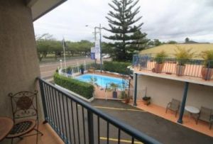 Lakeview Motor Inn - Accommodation in Surfers Paradise