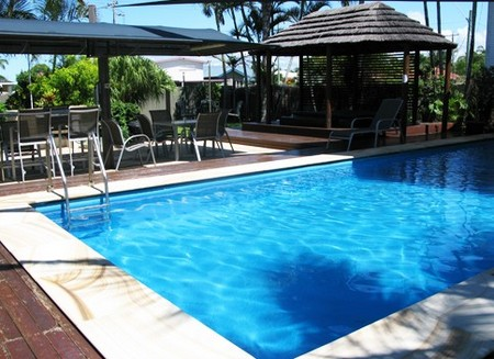 Country Plaza Motor Inn - Accommodation in Surfers Paradise