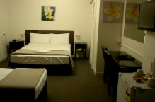 Coral Sands Motel - Accommodation in Surfers Paradise