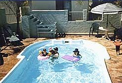 Del Costa Holiday Villas - Accommodation in Surfers Paradise