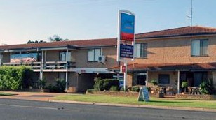 Outback Motor Inn Nyngan - Accommodation in Surfers Paradise