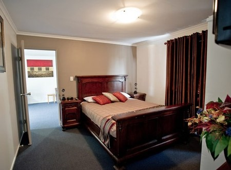 Centrepoint Motor Inn - Accommodation in Surfers Paradise
