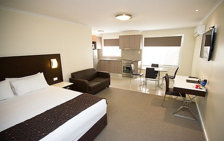 Country Comfort Premier Motel - Accommodation in Surfers Paradise