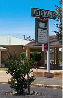 Green Gables Motel - Accommodation in Surfers Paradise