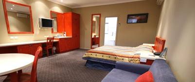 Best Western A Trapper's Motor Inn - Accommodation in Surfers Paradise