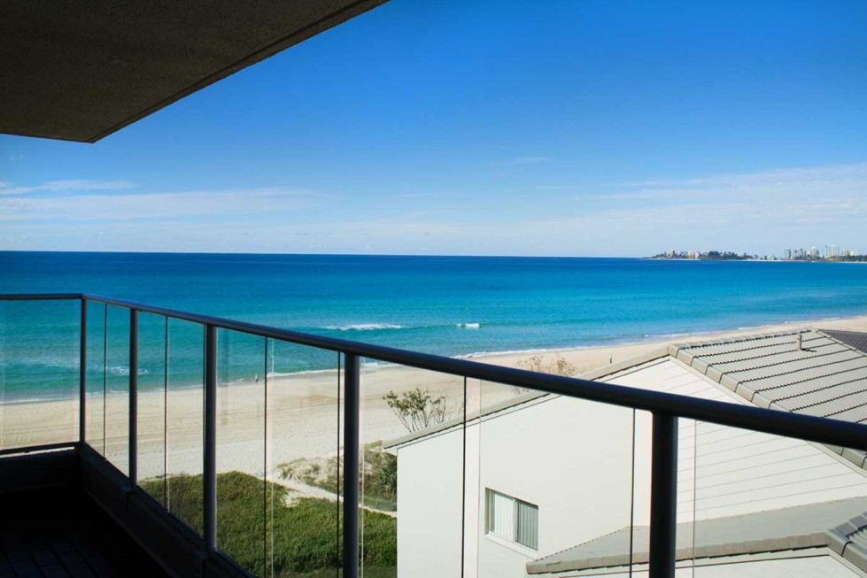 Pacific Surf Absolute Beach Apartments - Accommodation in Surfers Paradise